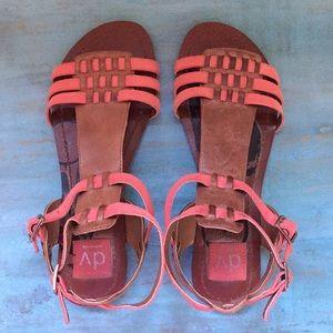 EUC DV Dolce Vita Gladiator Sandals